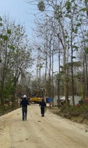 Rig Minyak di Hutan Jati Cepu