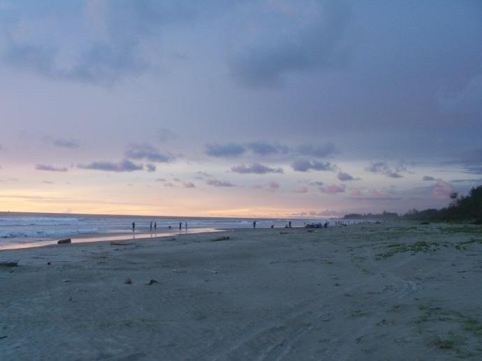 Pantai Panjang Kala Senja
