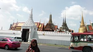 Seberang Grand Palace
